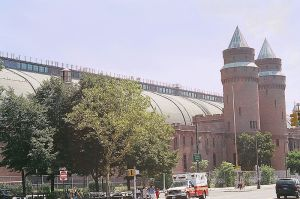 800px Kingsbridge Armory